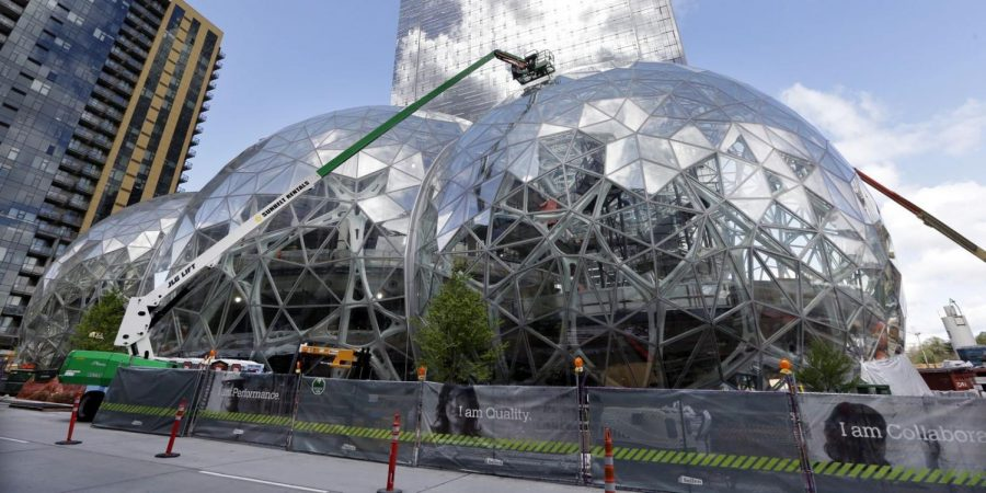 HQ2%3A+The+Pros+and+Cons+of+Amazon%E2%80%99s+New+Headquarters